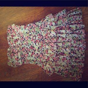 Strapless flirty short flower dress